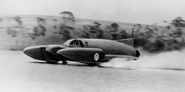 Bluebird K7 on Coniston Water, Cumbria, 1958. Donald Campbell set a new world water speed record of 248.62mph on the 10th November 1958. (Photo by National Motor Museum/Heritage Images/Getty Images)