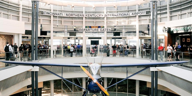 An Ohio man called in a bomb threat to avoid missing his flight and now he is going to jail.