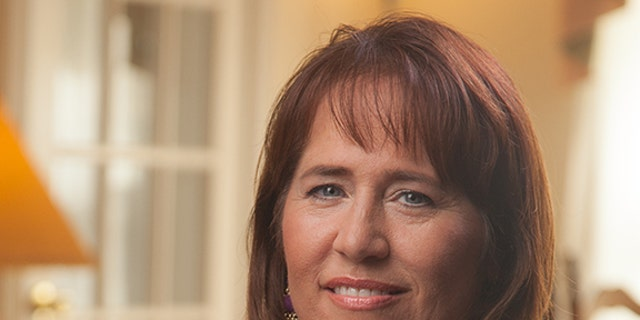 Deborah Snyder aspires to put an end to homelessness among her fellow vets.