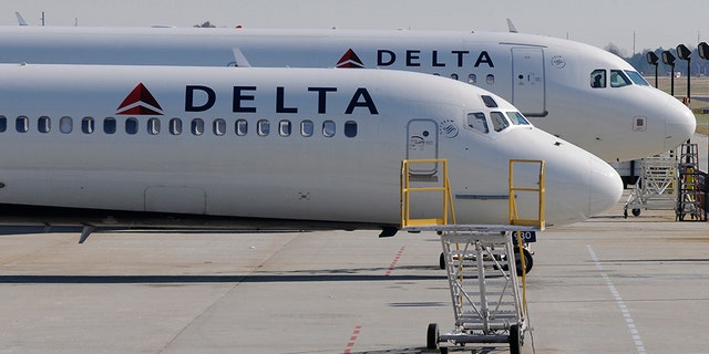 Delta Air Lines apologized the actress and refunded part of her ticket.