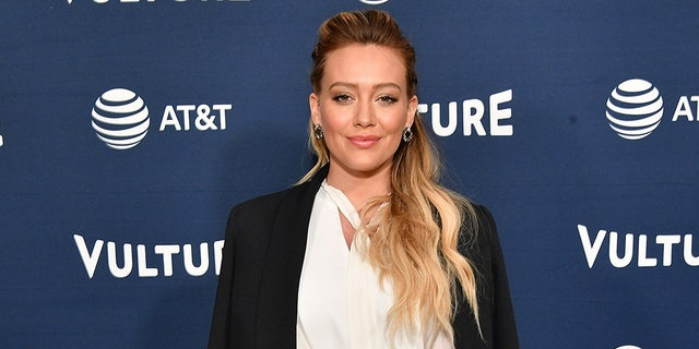 Actress Hilary Duff will star in 'How I Met Your Father.'
