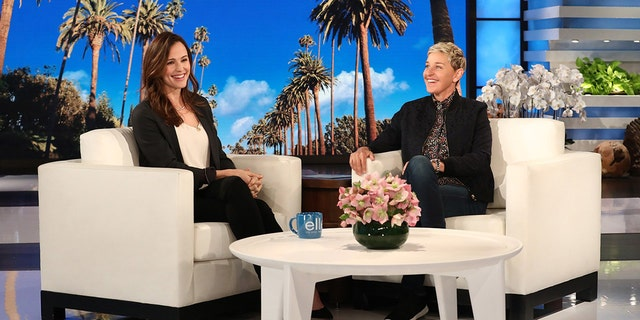 Ellen Degeneres (right) asks Jennifer Garner about her face during the Oscars that went viral.