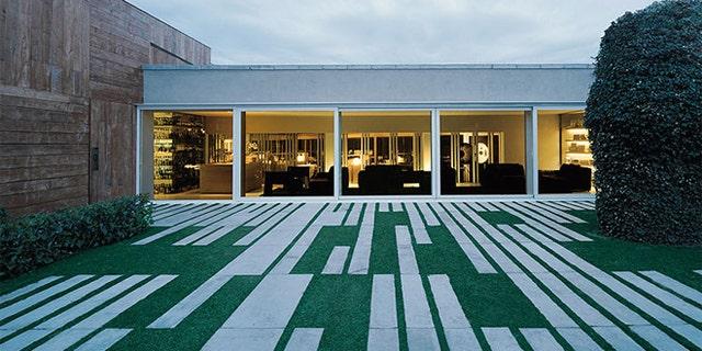 El Celler de Can Roca in Girona, Catalonia, Spain has won the top spot in the annual S. Pellegrino The World's 50 Best Restaurants List 2013.