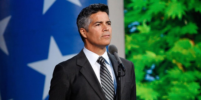 WASHINGTON, DC - MAY 28:  Actor Esai Morales onstage during the 27th National Memorial Day Concert Rehearsals on May 28, 2016 in Washington, DC.  (Photo by Paul Morigi/Getty Images for Capitol Concerts)