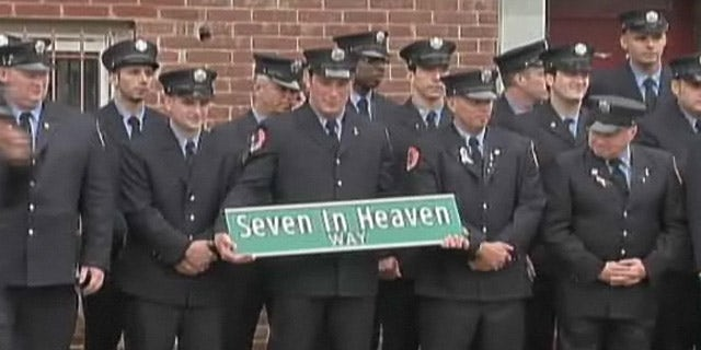 """New York Atheists are calling for the removal of this street sign, dedicated to fallen 9/11 firefighters because of the use of the word """"Heaven."""""""