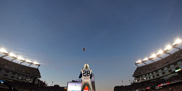 FOXBOROUGH, MA - NOVEMBER 18: The Colts' Tom Zbikowski fields the opening kickoff of the game as the New England Patriots hosted the Indianapolis Colts in a regular season NFL game at Gillette Stadium. (Photo by Jim Davis/The Boston Globe via Getty Images)