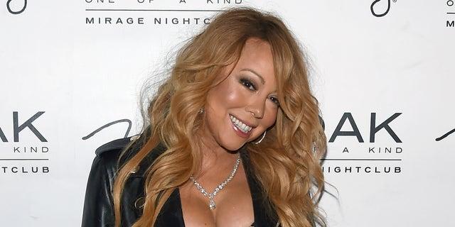 LAS VEGAS, NV - JUNE 26:  Singer/songwriter Mariah Carey arrives at 1 OAK Nightclub at the Mirage Hotel & Casino to debut her DJ set on June 26, 2016 in Las Vegas, Nevada.  (Photo by Ethan Miller/Getty Images)