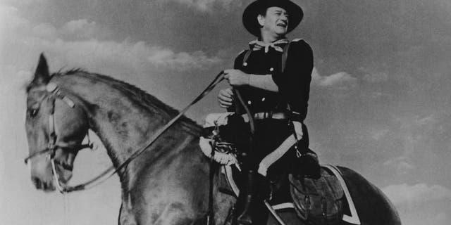 (GERMANY OUT) *26.05.1907-11.06.1979+Schauspieler Film USAzu Pferd in dem Film 'Der letzte Befehl'( The Horse Soldiers ).- 1959 (Photo by ullstein bild/ullstein bild via Getty Images)