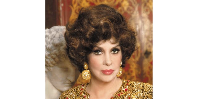 Hollywood actress Gina Lollobrigida has dedicated her life to creating art.