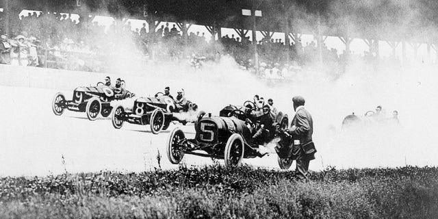 Scene from the first Indy 500