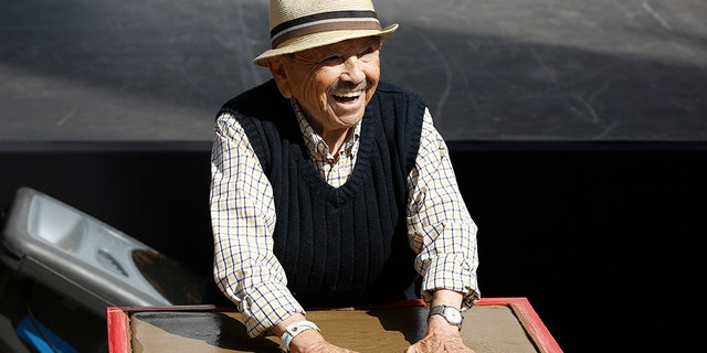 """Jerry Maren, the last surviving munchkin in the """"Wizard of Oz"""" has died at 98. The actor's niece, Stacy Michelle Barrington tell us he died at a nursing care facility in San Diego, Calif."""