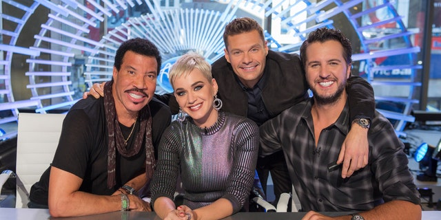 Seacrest seems to be taking a backseat to the judges, specifically baggage-free 80s pop icon Lionel Richie and country music good guy Luke Bryan.