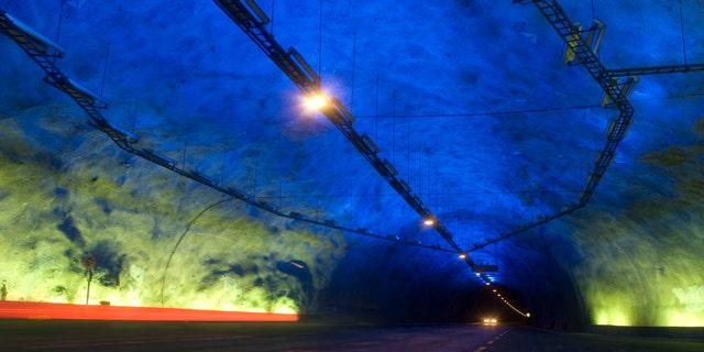 Những kỷ lục của các đường hầm trên thế giới