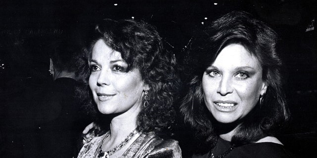 Natalie Wood (left) with her sister, actress and former Bond girl Lana Wood.