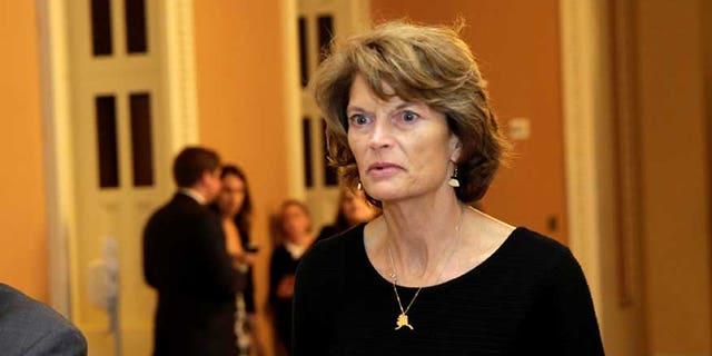 Senator Lisa Murkowski (R-AK) arrives for a Senate health care vote on Capitol Hill in Washington, U.S., July 27, 2017. REUTERS/Yuri Gripas - RC1350CE4CA0