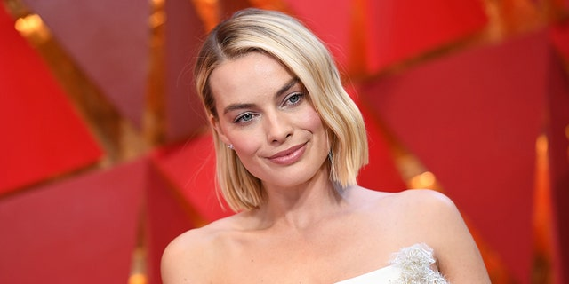 Australian actress Margot Robbie arrives for the 90th Annual Academy Awards on March 4, 2018, in Hollywood, California.  / AFP PHOTO / ANGELA WEISS        (Photo credit should read ANGELA WEISS/AFP/Getty Images)