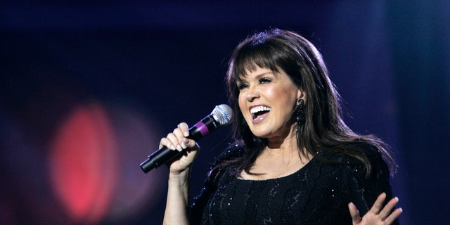 Marie Osmond performs during an Osmond 50th anniversary show at the Orleans hotel-casino in Las Vegas, Nevada August 13, 2007.