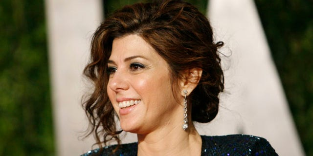 Actress Marisa Tomei arrives at the 2010 Vanity Fair Oscar party in West Hollywood, California March 7, 2010. REUTERS/Danny Moloshok   (OSCARS-PARTY) (UNITED STATES - Tags: ENTERTAINMENT)