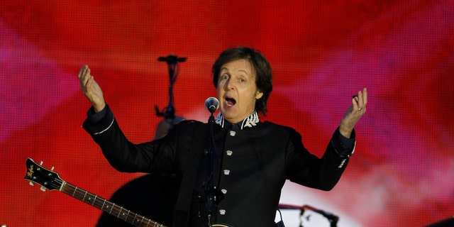 June 4, 2012: Sir Paul McCartney performs at the Queen's Jubilee Concert in front of Buckingham Palace, London.