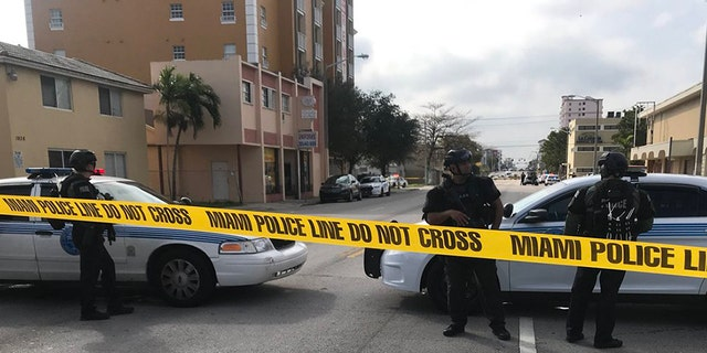 An incident at a restaurant in Miami which was believed to be a hostage situation has ended, and police found that no such situation existed.