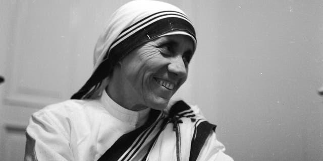 Mother Teresa in a November 1960 photo.