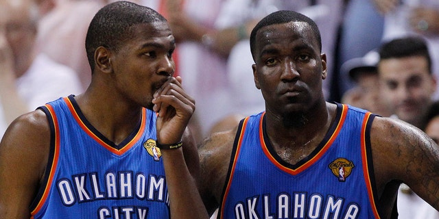 "Ex-NBA center and current ESPN analyst Kendrick Perkins apologized to former Oklahoma City Thunder teammate Kevin Durant on Sunday after hearing news of Kobe Bryant's death.<br data-cke-eol=""1"">