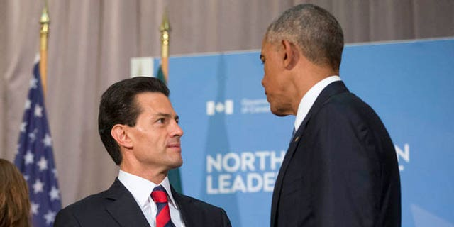 Presidents Obama and Pena Nieto at the National Gallery of Canada in Ottawa, Wednesday, June 29, 2016.