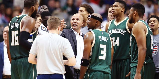 Nov 6, 2016; Dallas, TX, USA; Milwaukee Bucks head coach Jason Kidd speaks to his team during the game against the Dallas Mavericks at American Airlines Center. Mandatory Credit: Kevin Jairaj-USA TODAY Sports