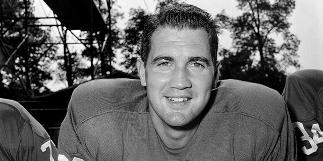 Sept. 17, 1960: In this file photo, New York Giants placekicker Pat Summerall poses for a portrait in New York.