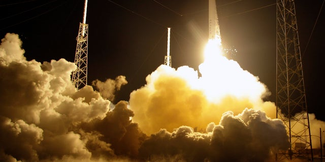 The Falcon 9 SpaceX rocket lifts off from space launch complex 40 at the Cape Canaveral Air Force Station in Cape Canaveral, Fla. on Sunday, Oct. 7, 2012. The rocket is carrying supplies to the International Space Station. (AP Photo/Terry Renna)