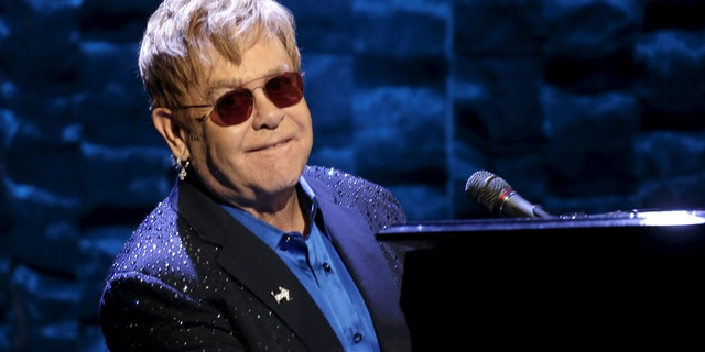 """Singer Elton John performs at the Hillary Victory Fund """"I'm With Her"""" benefit concert for U.S. Democratic presidential candidate Hillary Clinton at Radio City Music Hall in the Manhattan borough of New York City, March 2, 2016."""