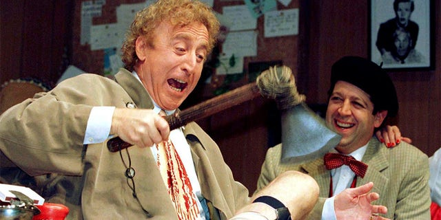 """Gene Wilder (L) performs alongside compatriot Rolf Saxon, during the rehearsal of a scene from Neil Simon's """"Laughter on the 23rd Floor"""" in New York, October 2, 1996."""