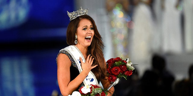 Miss North Dakota Cara Mund reacts after being announced as the winner of the Miss America competition in Atlantic City, New Jersey, U.S. September 10, 2017.