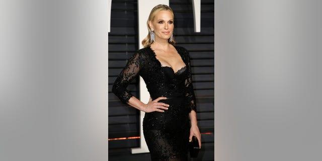 89th Academy Awards - Oscars Vanity Fair Party - Beverly Hills, California, U.S. - 26/02/17 – Model and actress Molly Sims. REUTERS/Danny Moloshok - RTS10JMA