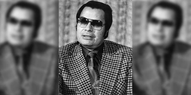 Jim Jones ordered his followers to drink cyanide-laced grape punch.