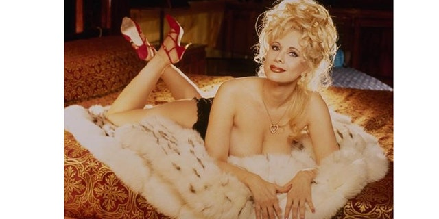Rhonda Shear posed for Playboy.