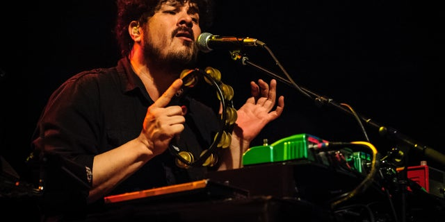 Singer Richard Swift toured with the Black Keys in 2014.