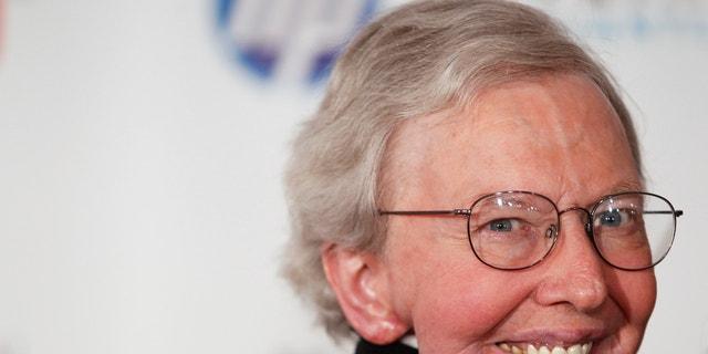 Film critic Roger Ebert arrives to attend the Webby Awards in New York June 14, 2010.