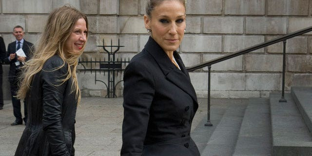 Sarah Jessica Parker was among the celebrities that attended a memorial service for designer Alexander McQueen.