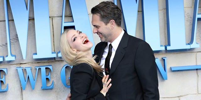 Amanda Seyfried and her husband Thomas Sadoski.