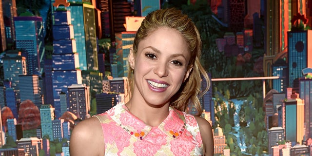 """HOLLYWOOD, CA - FEBRUARY 17:  Singer Shakira attends the Los Angeles premiere of Walt Disney Animation Studios' """"Zootopia"""" on February 17, 2016 in Hollywood, California.  (Photo by Alberto E. Rodriguez/Getty Images for Disney)"""
