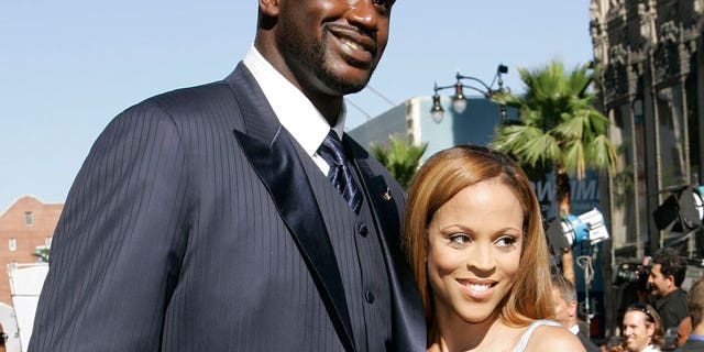 Shaquille O'Neal and his wife Va'Shaundya