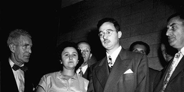 Ethel and Julius Rosenberg in 1951.
