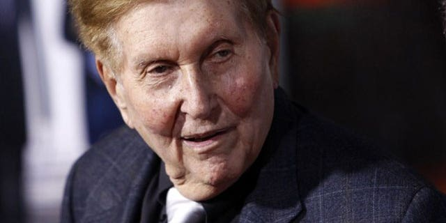 Viacom chief Sumner Redstone is facing an embarrassing story about a voicemail message left to a reporter in an attempt to find out the source of a story.