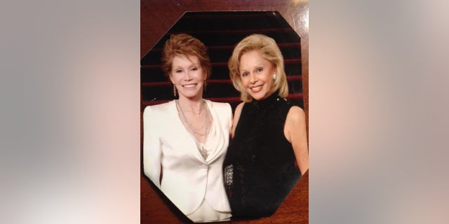 Susan Silver (left) with Mary Tyler Moore.