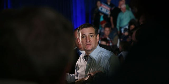 INDIANAPOLIS, IN - MAY 02:  Republican presidential candidate Sen. Ted Cruz (R-TX) greets people during a campaign rally at the Indiana State Fairgrounds on May 2, 2016 in Indianapolis, Indiana. Cruz continues to campaign leading up to the state of Indiana's primary day on Tuesday.  (Photo by Joe Raedle/Getty Images)