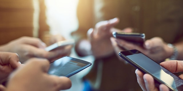 Cellphone users should expect test messages from the federal government beginning at 2:18 p.m. EDT Thursday, FEMA says.