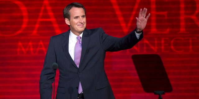 Former Minnesota Governor Tim Pawlenty announced plans on Thursday to run for his old seat.