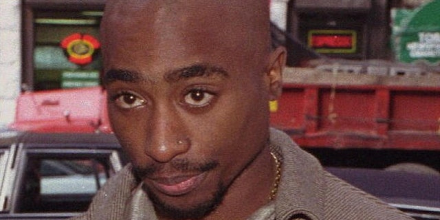 Tupac's entourage reportedly jumped Orlando Anderson prior to the shooting.