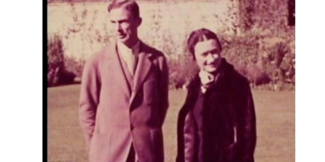 Wallis Simpson and Herman Rogers.